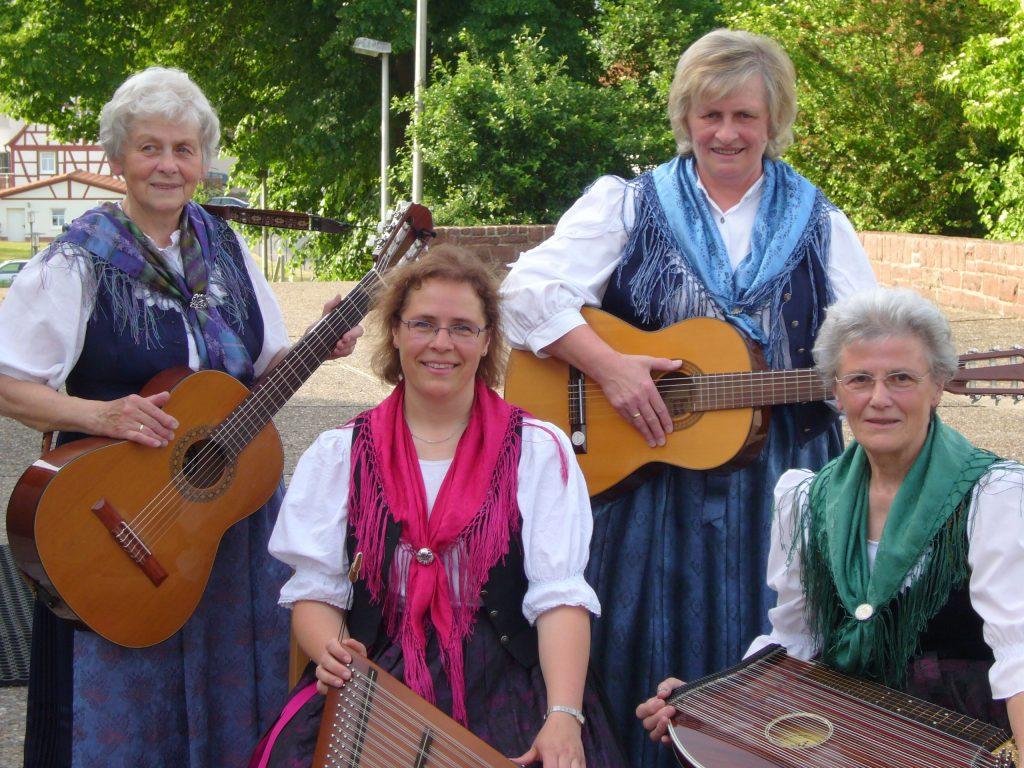 Musikgruppe_Wombacher Saitenmusik